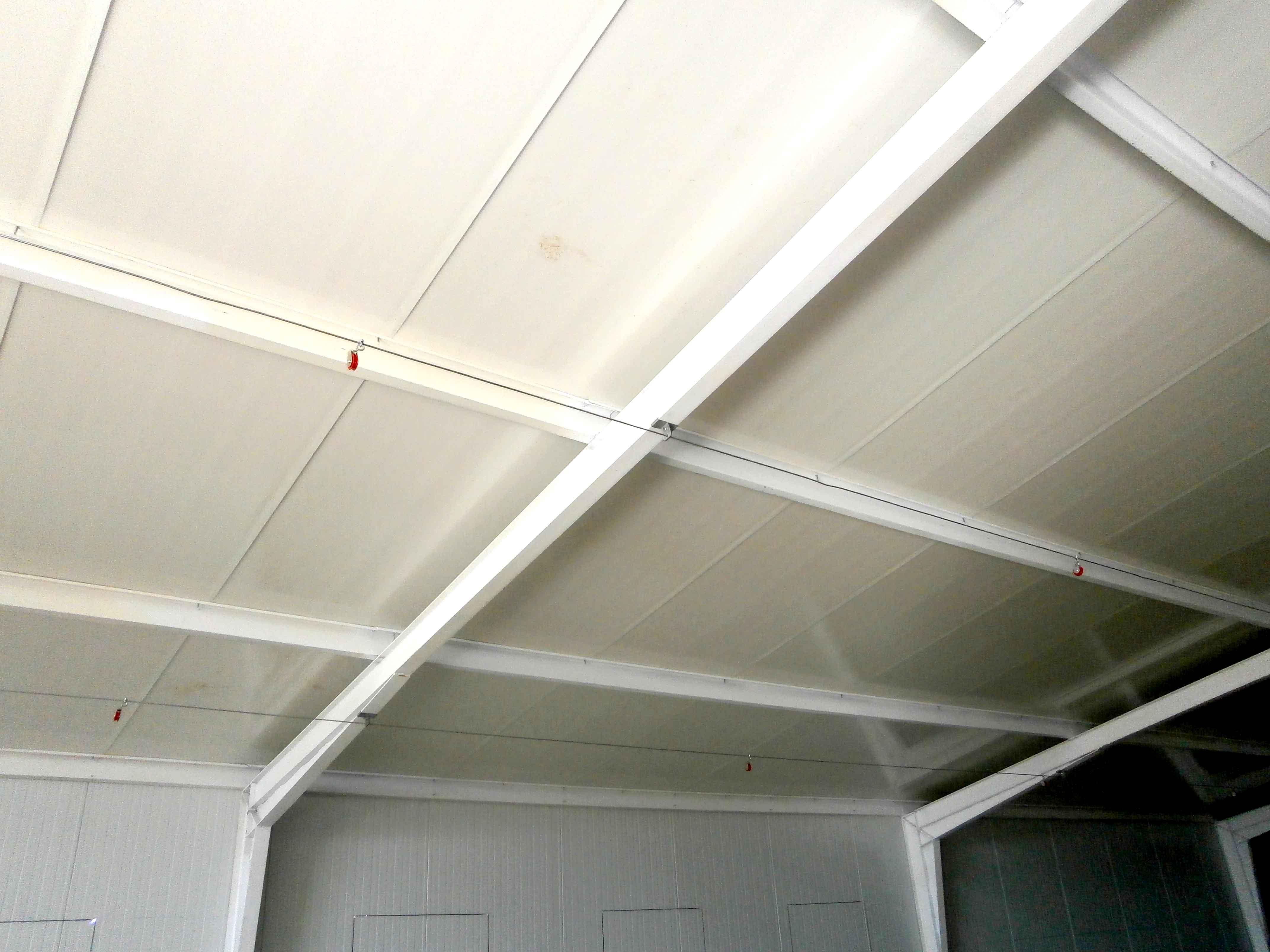 Granja avicola desde 42 m2 de nave grajas avicolas - Materiales para techos falsos ...